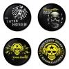 ของที่ระลึกวง Die Toten Hosen เลือกด้านหลังได้ 4 แบบ เข็มกลัด, แม่เหล็ก, กระจกพกพา หรือ พวงกุญแจที่เปิดขวด 1 แพ็ค 4 ชิ้น [10]