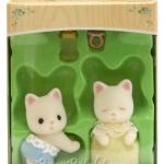ซิลวาเนียน เบบี้แฝดแมวซิลค์สีขาว ท่าคลาน-นอน (EU) Sylvanian Families Silk Cat Twins