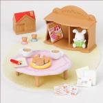 ซิลวาเนียน โต๊ะนั่งเล่นสำหรับเด็ก (JP) Sylvanian Families Kid Table Set