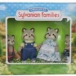 [SOLD OUT] ครอบครัวซิลวาเนียน..มัลเบอรี่แรคคูน 4 ตัว (UK) Sylvanian Families Mulberry Raccoon Family