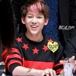 เสื้อแขนยาวแฟชั่นเกาหลี สีดำแดง GOT7 แต่งดาวรอบคอเสื้อ