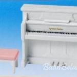 ซิลวาเนียน เปียโนสีขาว (EU) Sylvanian Families Piano Set