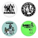 ของที่ระลึกวง Ramones เลือกด้านหลังได้ 4 แบบ เข็มกลัด, แม่เหล็ก, กระจกพกพา หรือ พวงกุญแจที่เปิดขวด 1 แพ็ค 4 ชิ้น [19]