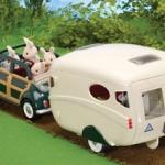 รถและคาราวานซิลวาเนียน (Sylvanian Families the Caravan and Family Car)