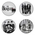 ของที่ระลึกวง The Beatles เลือกด้านหลังได้ 4 แบบ เข็มกลัด, แม่เหล็ก, กระจกพกพา หรือ พวงกุญแจที่เปิดขวด 1 แพ็ค 4 ชิ้น [6]
