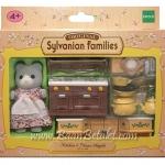 ซิลวาเนียน เฟอร์นิเจอร์ห้องครัวกับแม่หมีสีเทา (EU) Sylvanian Families Kitchen & Mama Angela