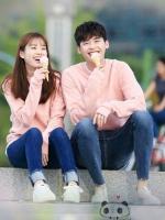 เสื้อแฟชั่นคู่รักแขนยาว สีชมพู คังชอล+โอยอนจู W Two Worlds