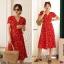 Dress ชุดลายดอกแบบผูกป้าย เดรสคอวี แขนสั้นระบาย thumbnail 2